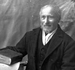 Portrett av predikant Erik Johnsen.