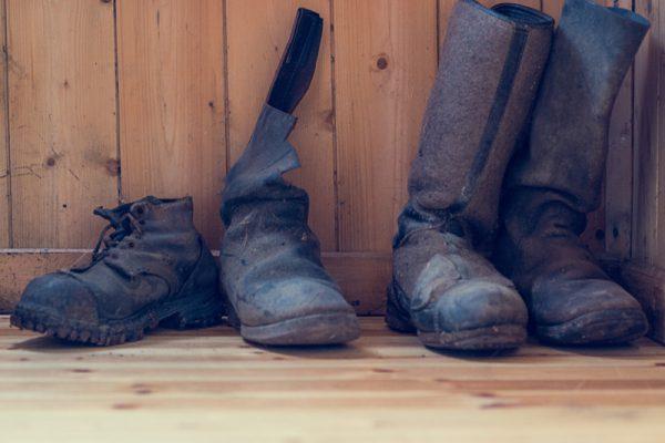 Sko og støvler i Sjåbakkhuset.