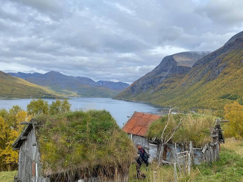 Sommerfjøs i kulturlandskap Skardalen